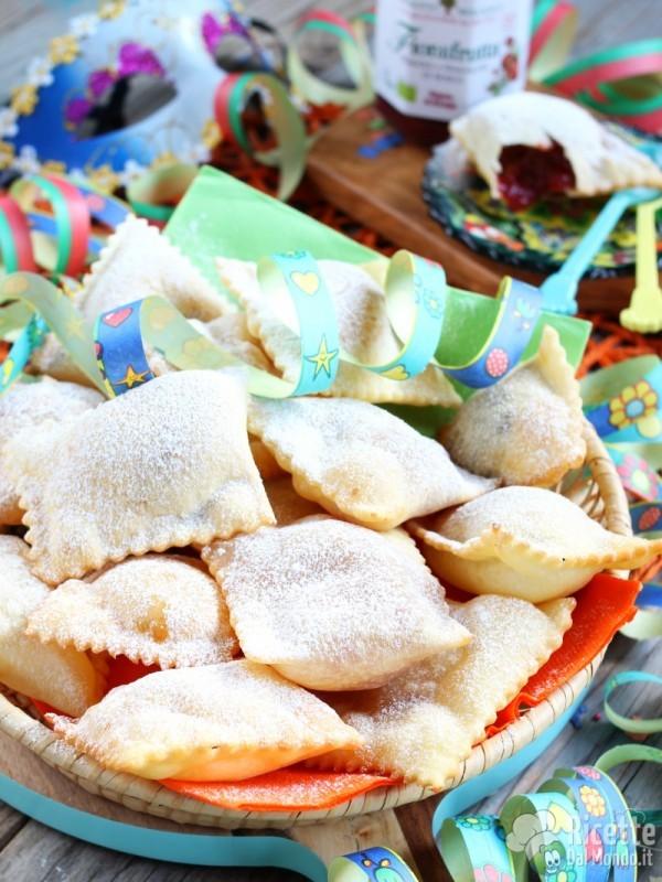 Ravioli dolci di Carnevale alla confettura