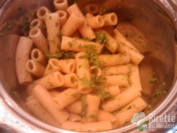 Pasta Integrale con i Broccoletti