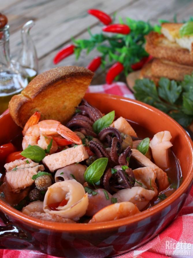 Ricetta della zuppa classica di pesce