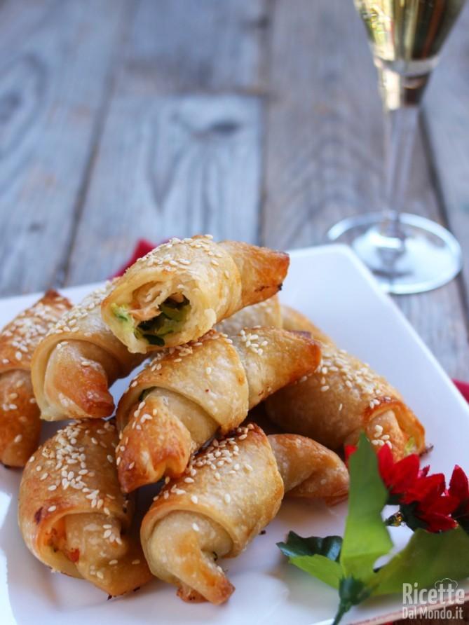 Finger food di zucchine e salmone