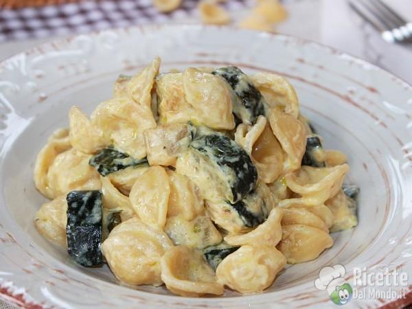 Come fare la pasta con zucchine e philadelphia