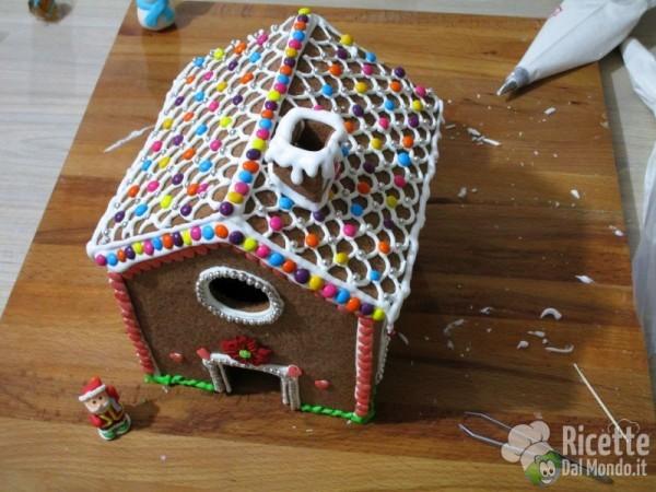 Gingerbread house - casetta di pan di zenzero 8