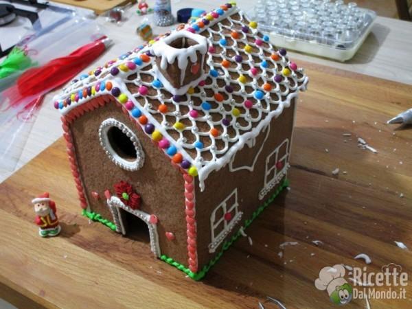 Gingerbread house - casetta di pan di zenzero 9