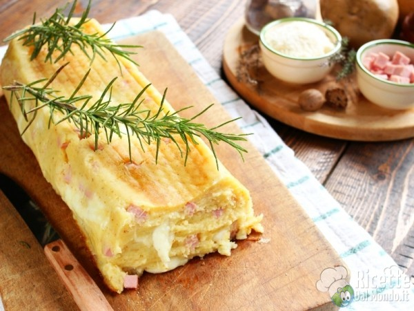 Ricetta polpettone di patate e cotto al forno