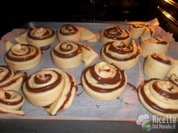 Girelle di pasta brioche alla Nutella Bimby 2