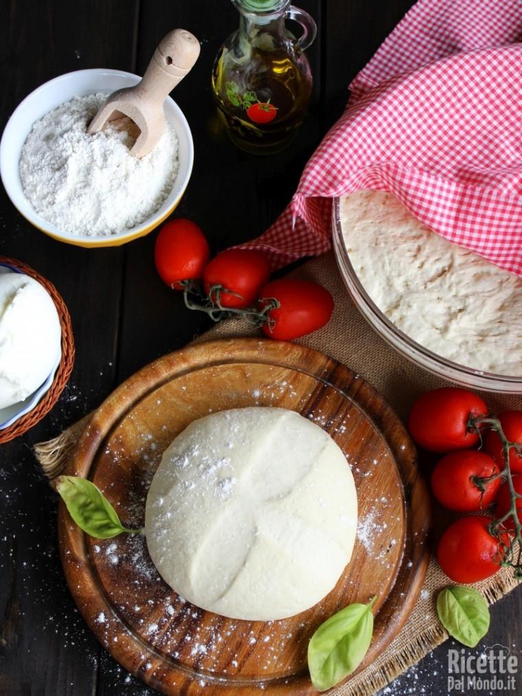 Come fare l'Impasto base per la pizza