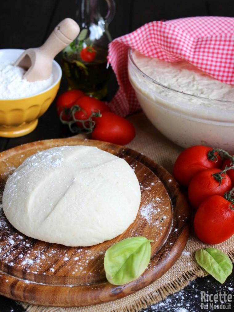 Impasto base per la pizza napoletana