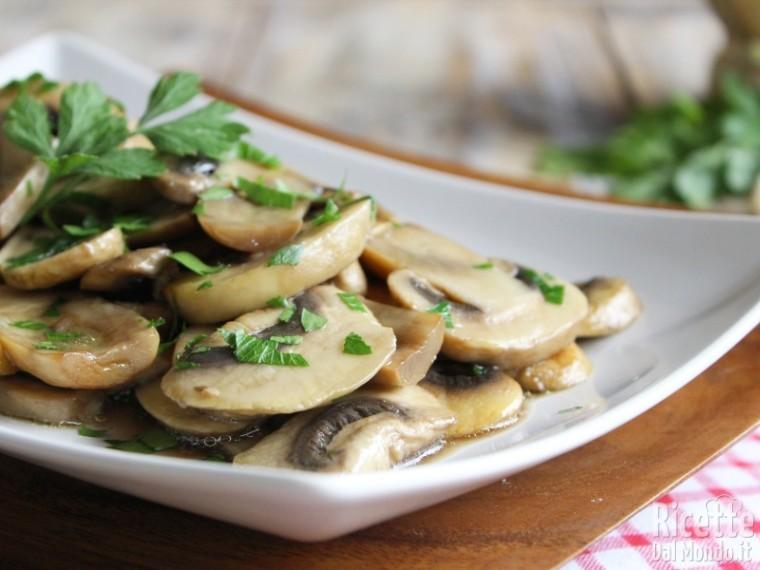 ricetta funghi champignon trifolati come