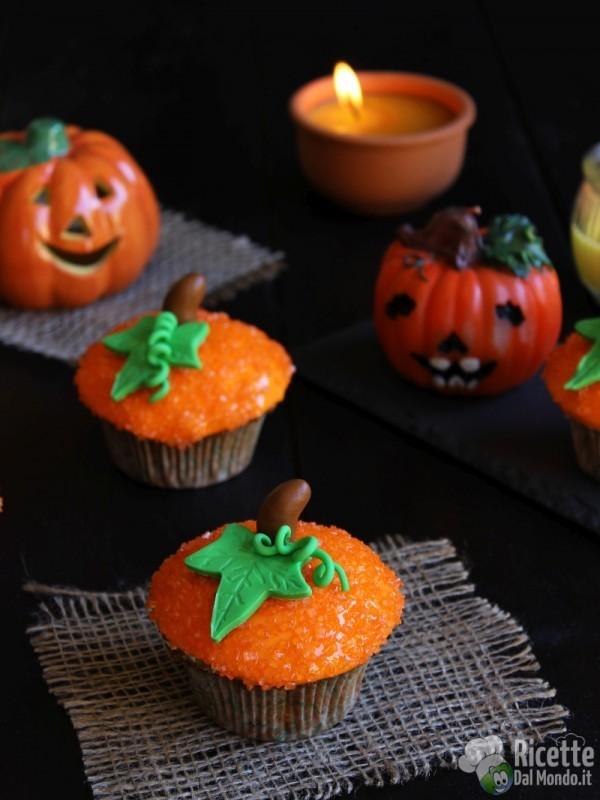 Zucchette di Halloween i pasta di zucchero