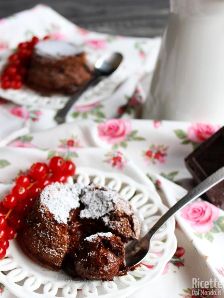 Tortino al cioccolato con cuore fondente caldo