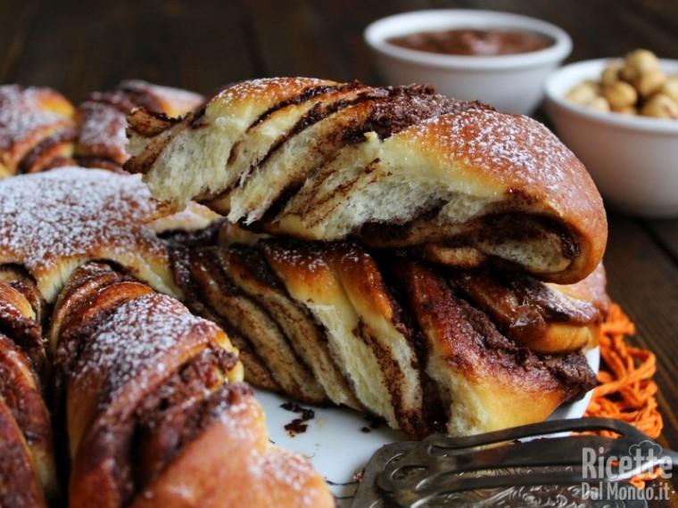 Come fare la Stella di pan brioche alla Nutella