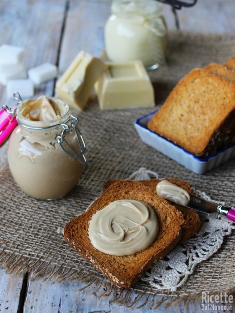 Come fare la crema spalmabile al cioccolato bianco