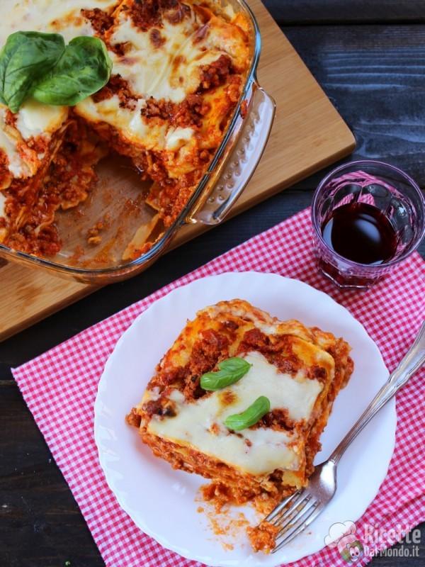 Semplici lasagne alla bolognese