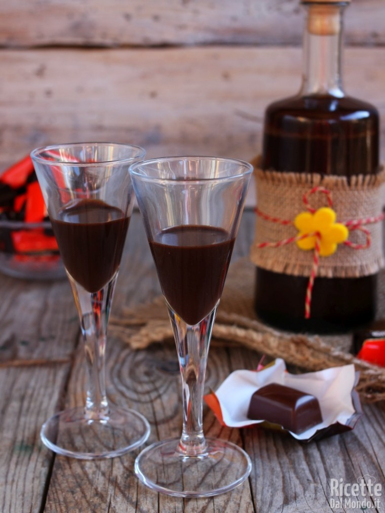 Come fare il liquore al pocket coffee