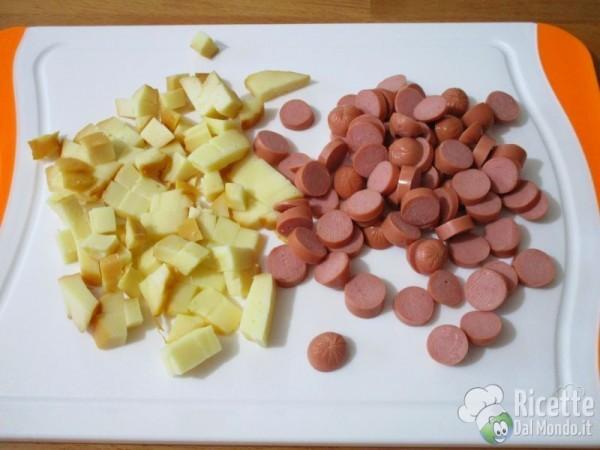 Torta rustica con zucchine e wurstel 3