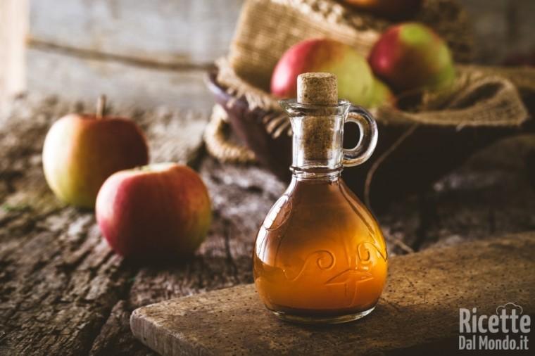 Come sostituire le uova: aceto di mele