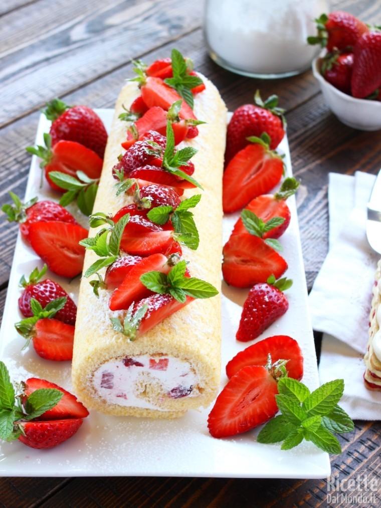 Rotolo panna e fragole - Differenza panna da cucina e panna fresca ...