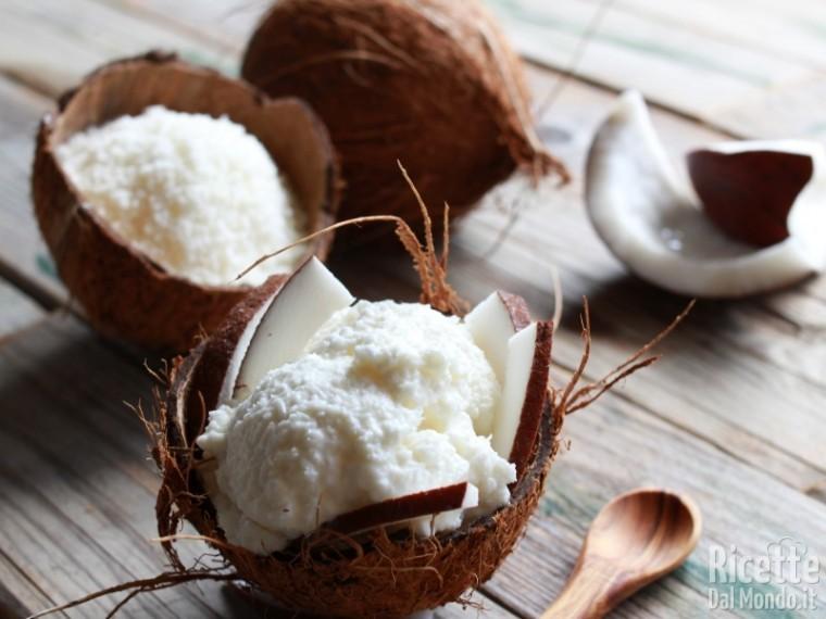 Ricetta del gelato al cocco