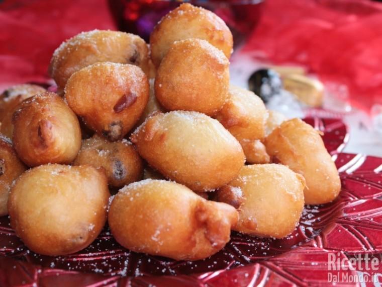 Come fare le frittelle dolci di Natale