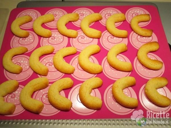 Biscotti di Natale Vanillekipferl