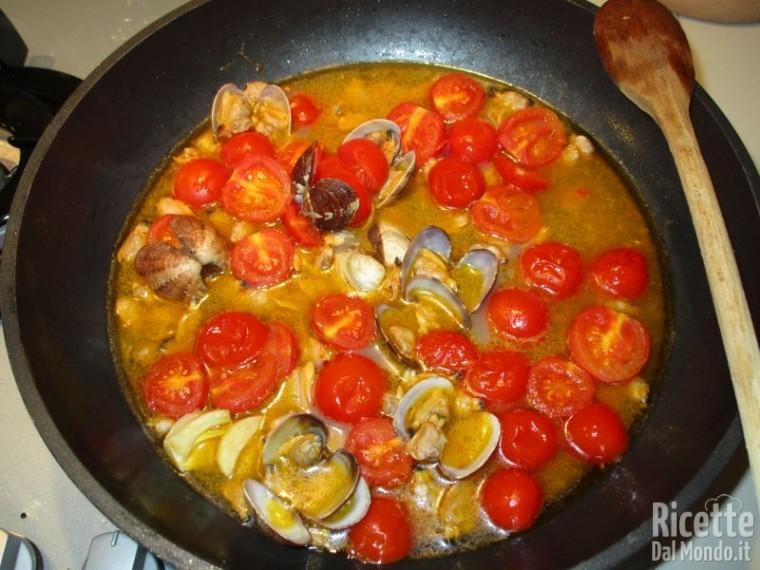 spaghetti alle vongole e pomodorini - primi con vongole - Come Cucinare Le Vongole Surgelate