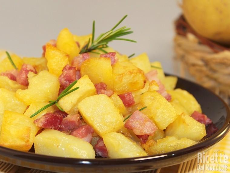 Ricetta patate e pancetta al forno