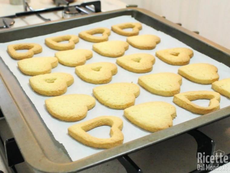 Biscotti di frolla alla marmellata 7