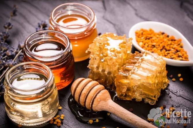 Come sostituire lo zucchero: miele