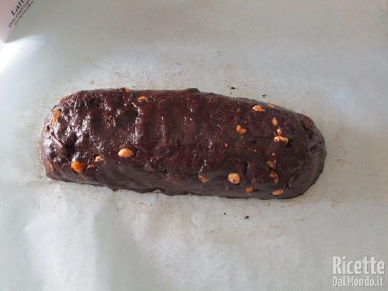 Salame al cioccolato senza uova 9