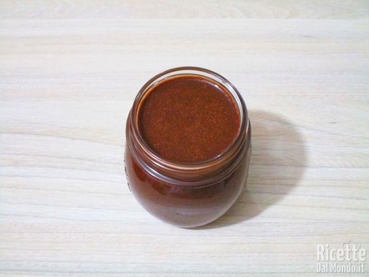Crema spalmabile cioccolato e nocciole 9