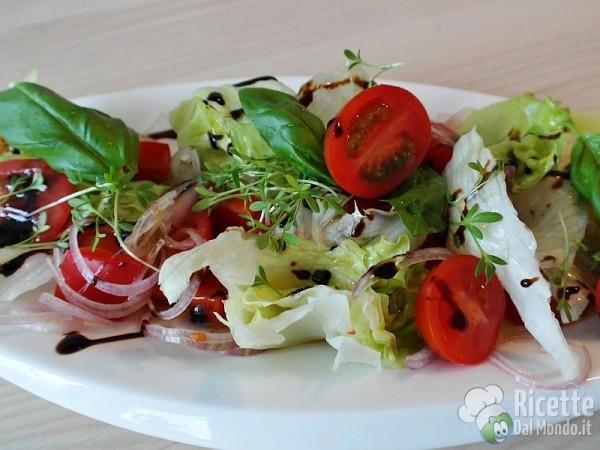 Come fare una insalata mista