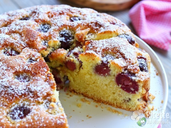 Ricetta torta di ciliegie sofficissima
