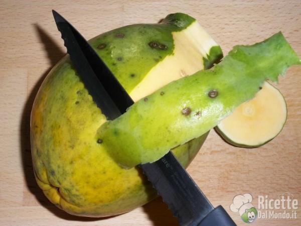 Come pulire e tagliare la papaya 4