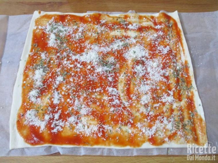 Girelle farcite di pizza 5