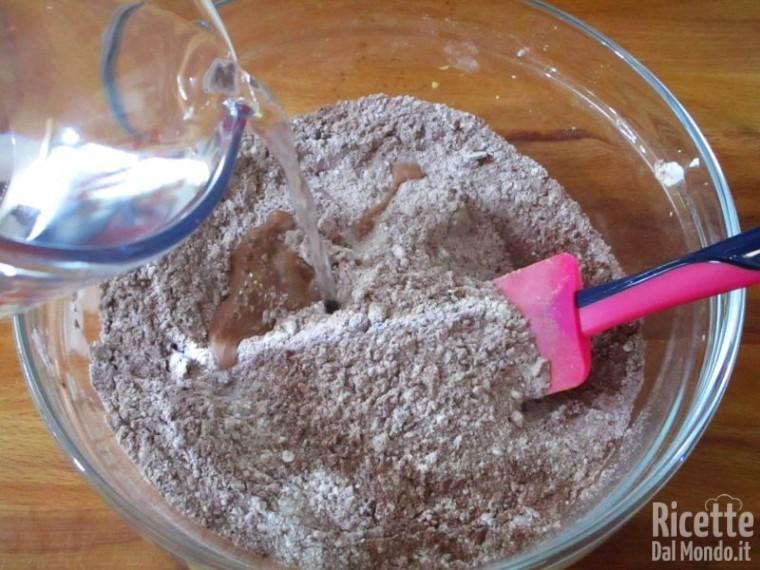 Torta al cioccolato senza lattosio e uova 5