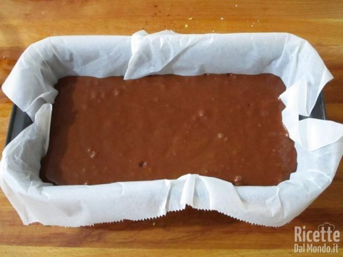 Torta al cioccolato senza lattosio e uova 7