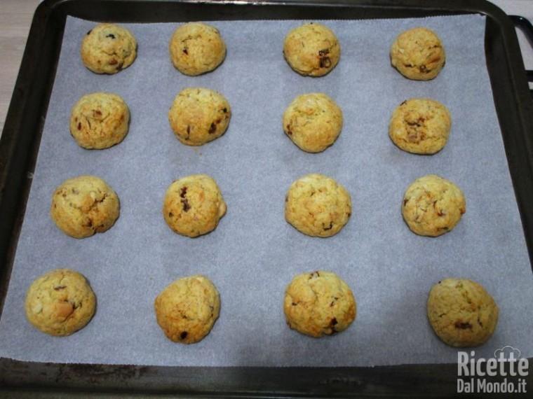 Biscotti con frutta secca 10