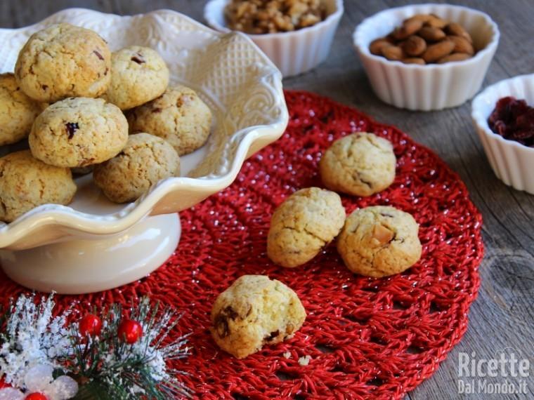 Ricetta biscotti con frutta secca