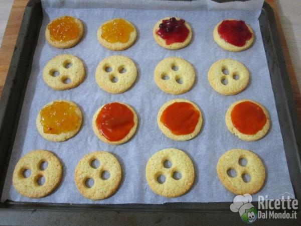 Biscotti Di Natale Tirolesi.Biscotti Tirolesi Spitzbuben Ricettedalmondo It