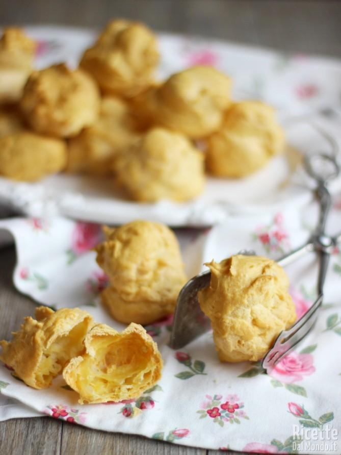 Come fare la pasta choux (o pasta per bignè)