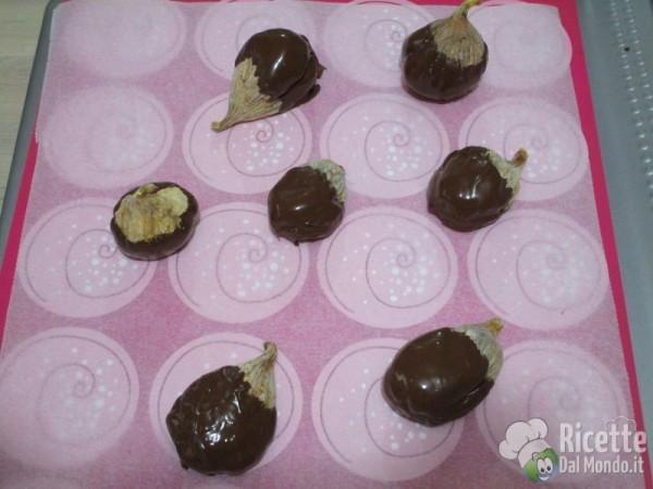 Fichi secchi con noci e cioccolato 7