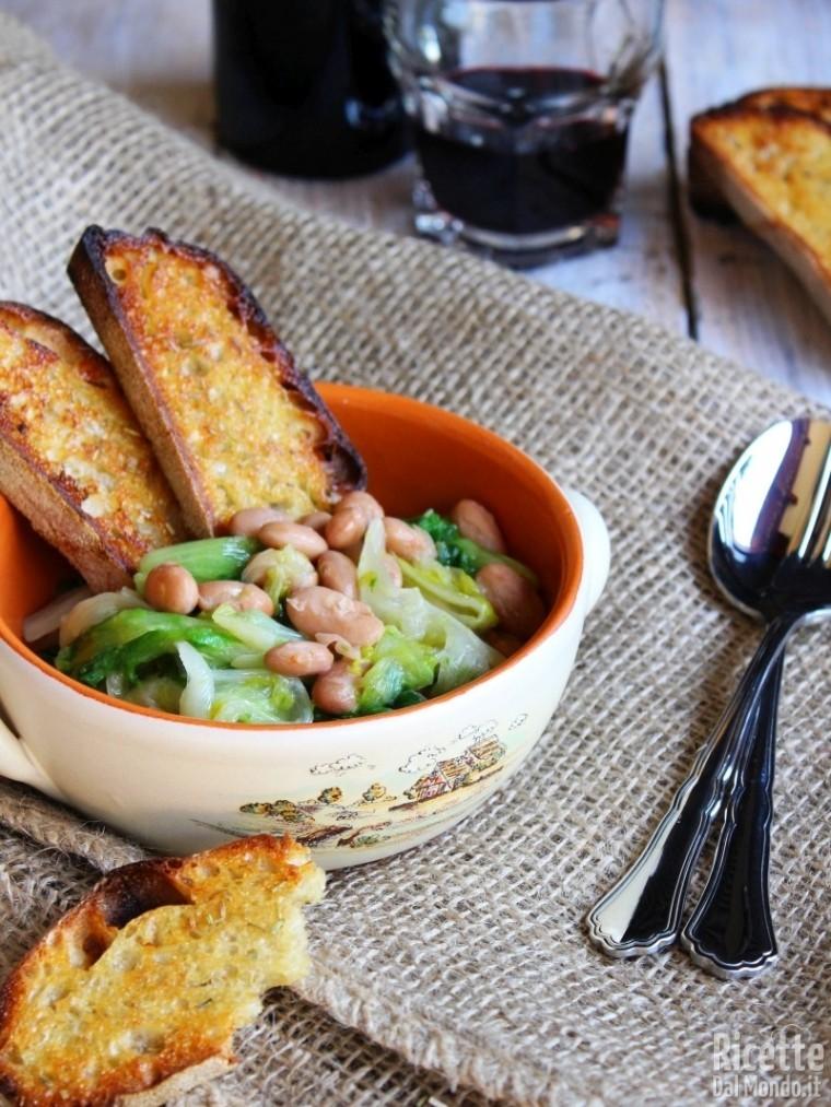 Come fare la zuppa di scarole e fagioli