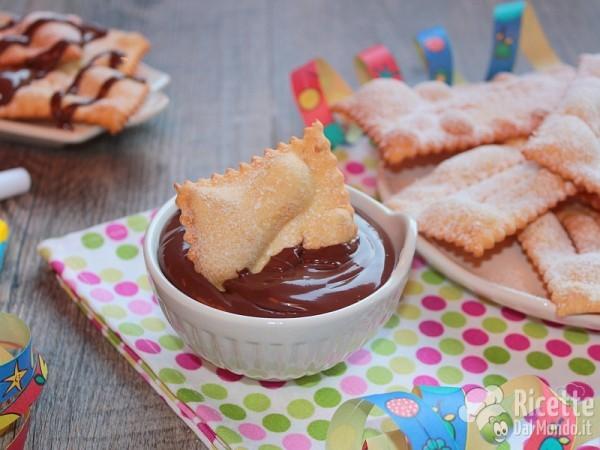 Chiacchiere di Carnevale alla Nutella