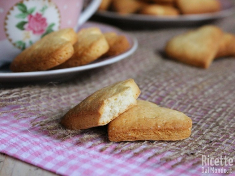 Ricetta dei biscotti di frolla allo yogurt