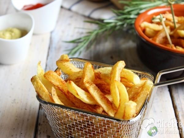 Ricetta patatine fritte a bastoncino