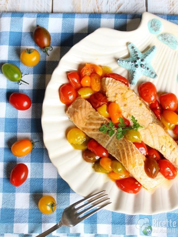 Ricetta salmone in padella