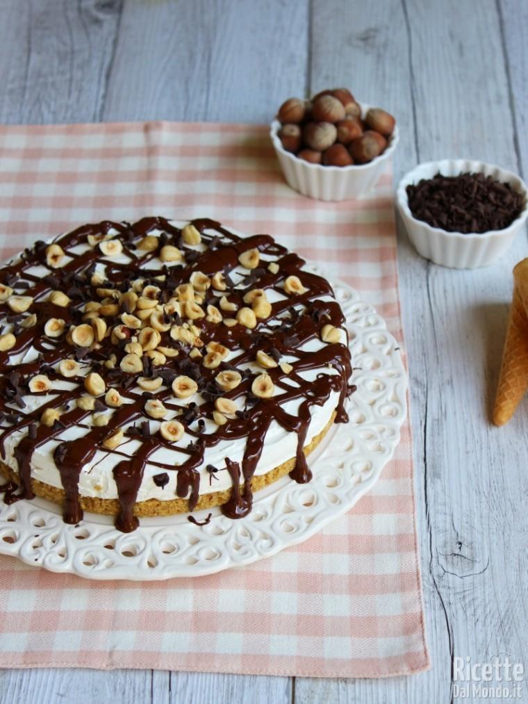 Ricetta torta cornetto cuore di panna