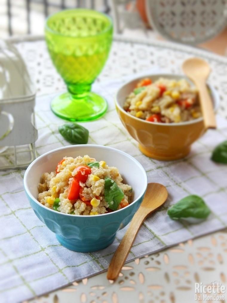 Come fare l'insalata di quinoa e tonno
