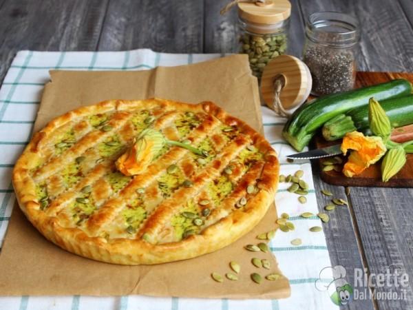 Crostata salata di zucchine e fiori di zucca