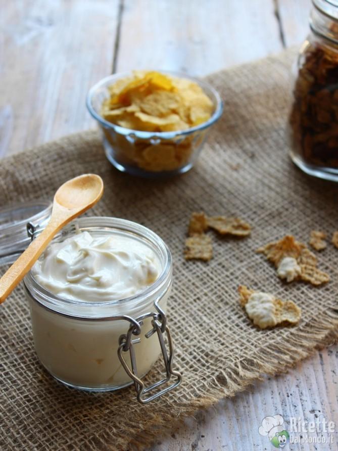 Ricetta semplice yogurt greco